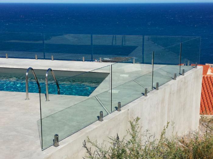 parapetto piscina
