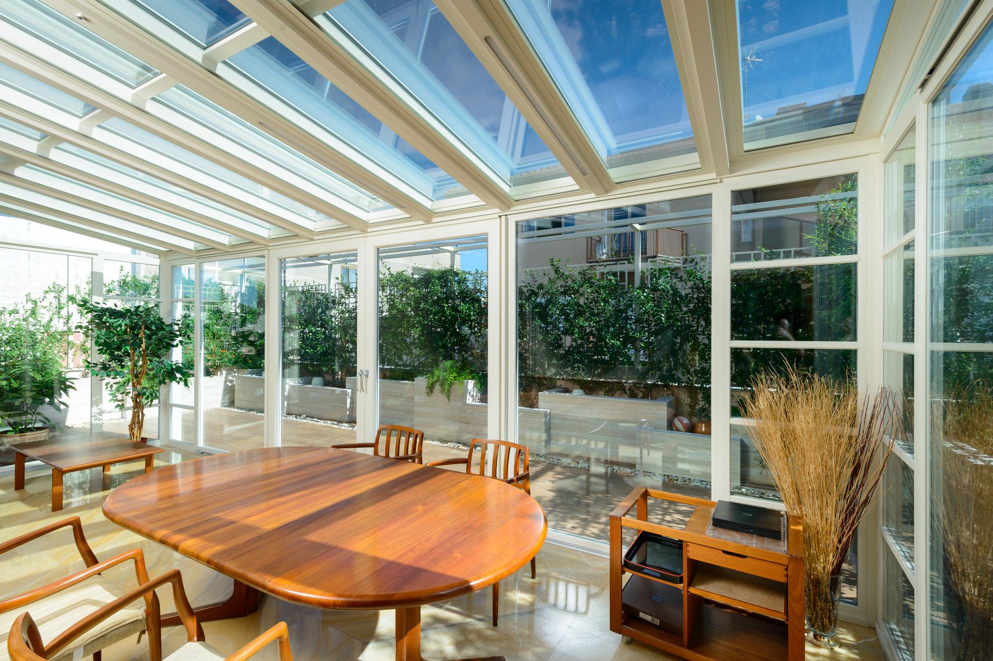 veranda open